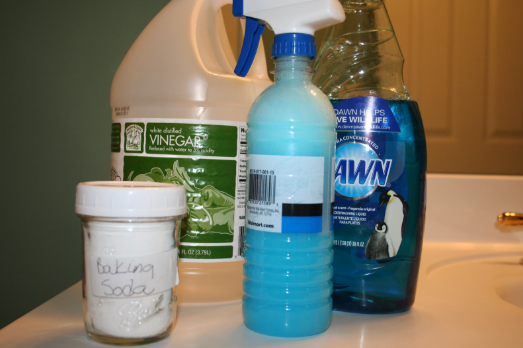 Three Cost Effective Ways to Clean Plastic